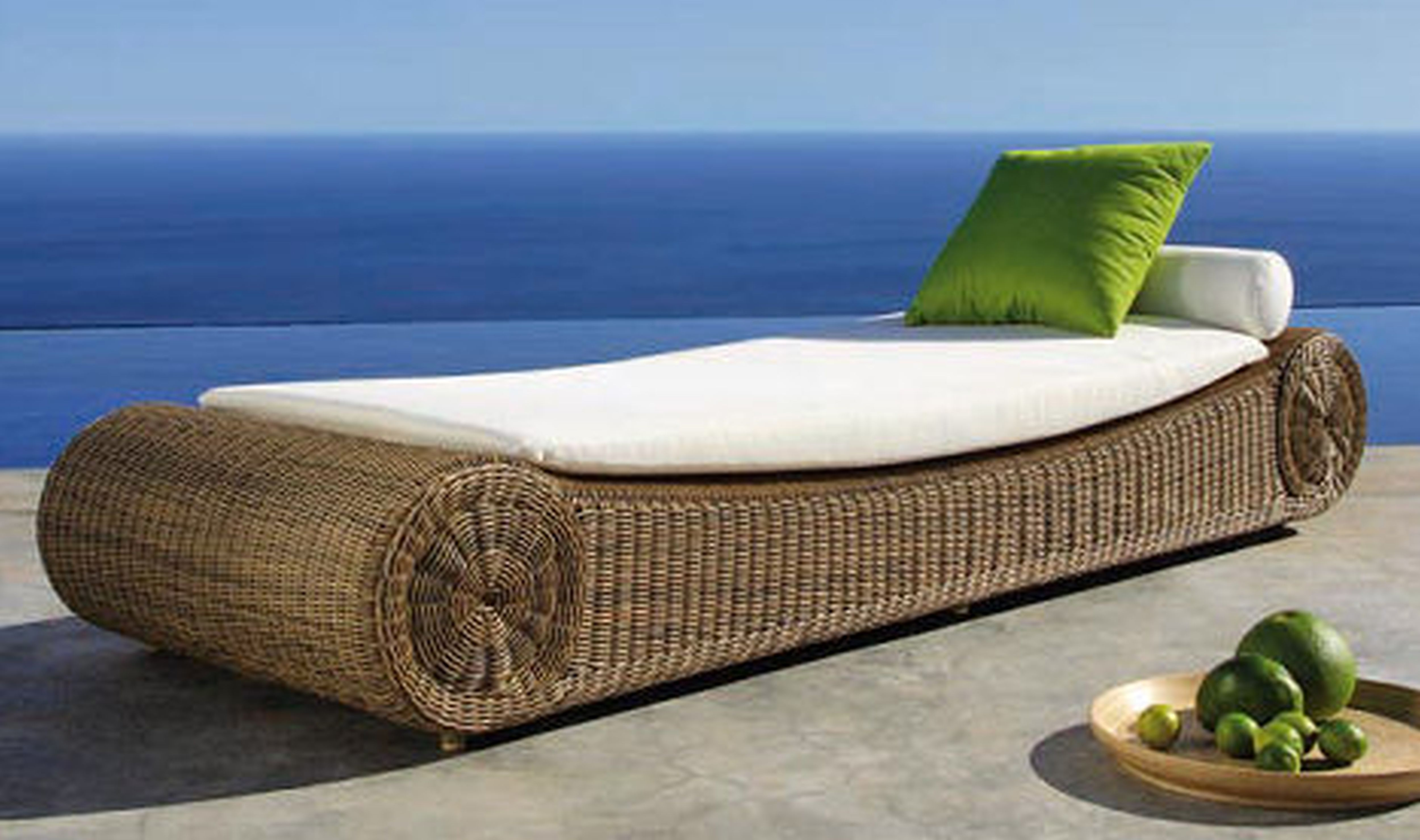 Outdoor furniture for Outdoor pool furniture