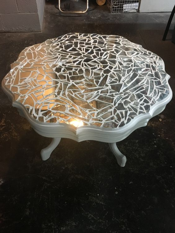 mosaic mirror table