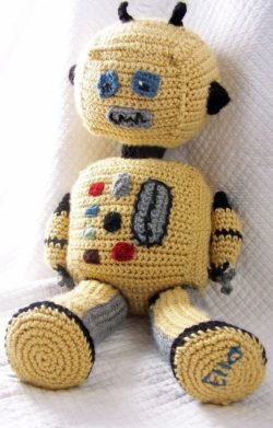 crochet robot toy